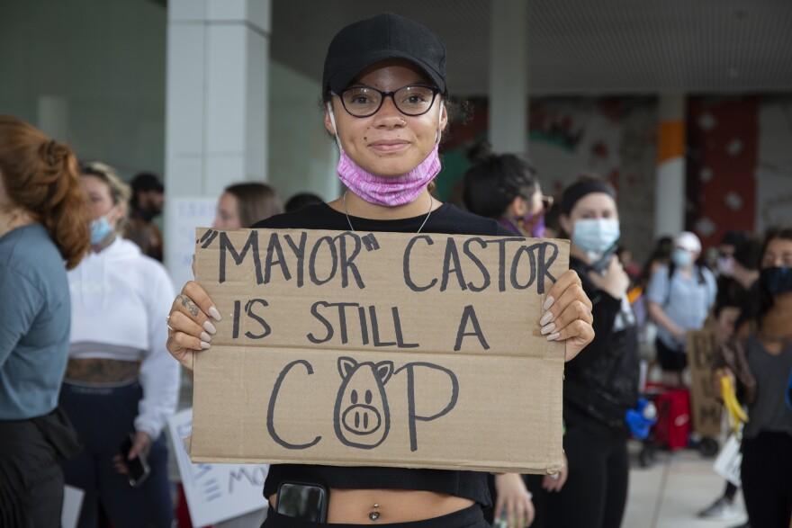 curtis_hixon_protest11_662020_dm_0.jpg