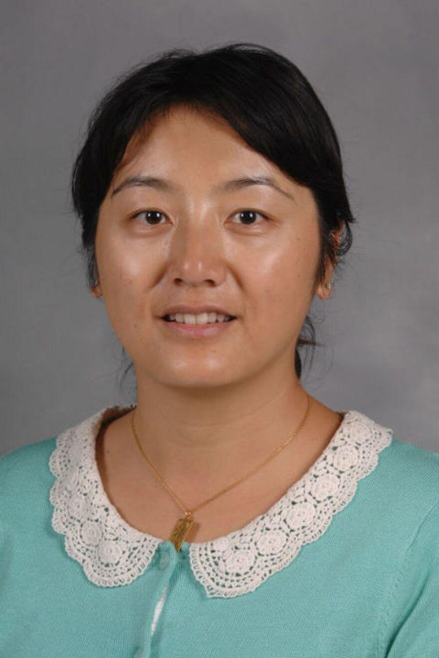 photo of Xiaozhen Mou, Ph.D.