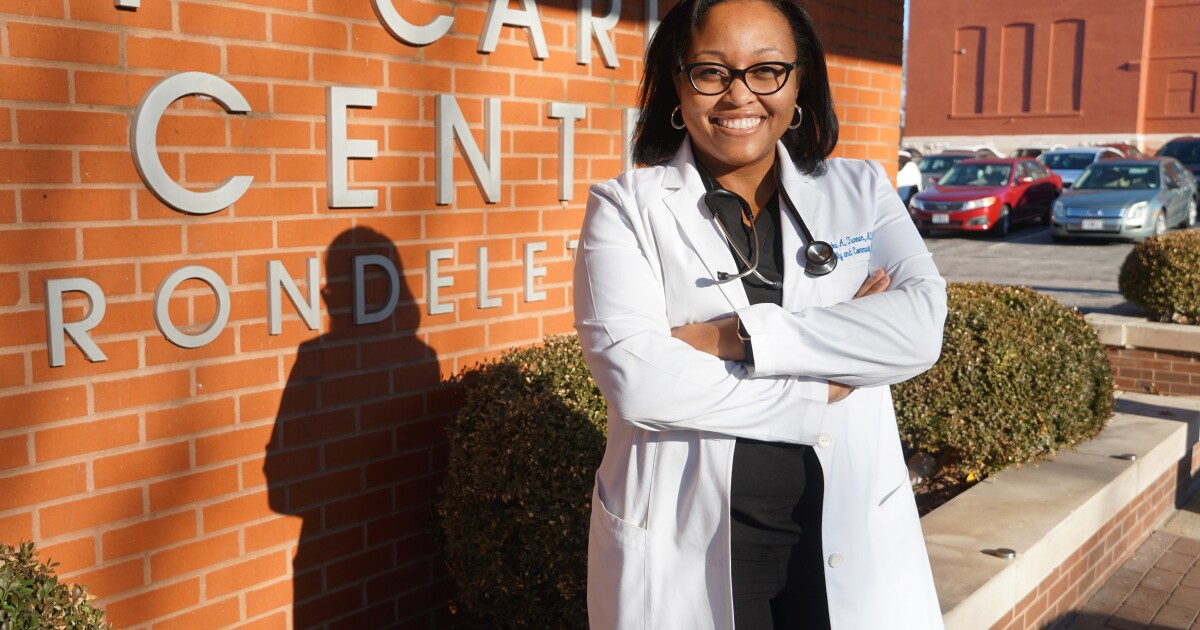 Black St. Louis Doctors Address Vaccine Fears To Help Save Black Lives From The Virus