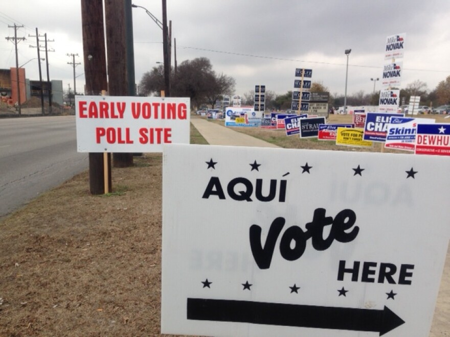 early_vote_site_140218.JPG