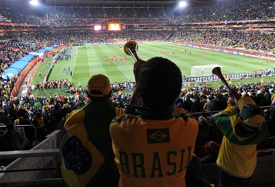 FIFA_World_Cup_2010_Brazil_North_Korea_11.jpg