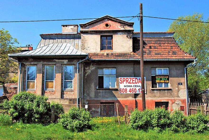 plaszow__commandant_s_villa__22_heltmana_street__krak__w.jpg