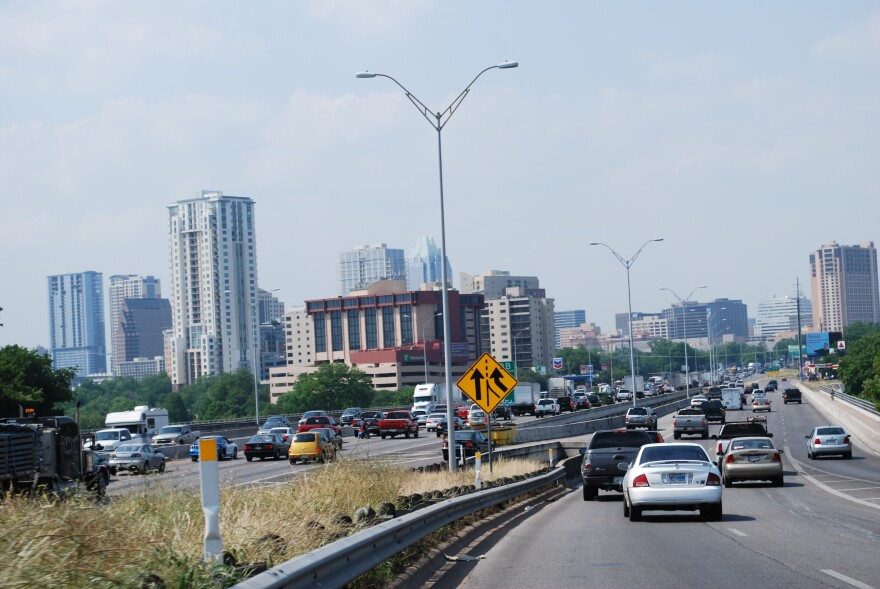 Traffic at I-35 and Riverside (looking North)- Callie Hernandez.JPG