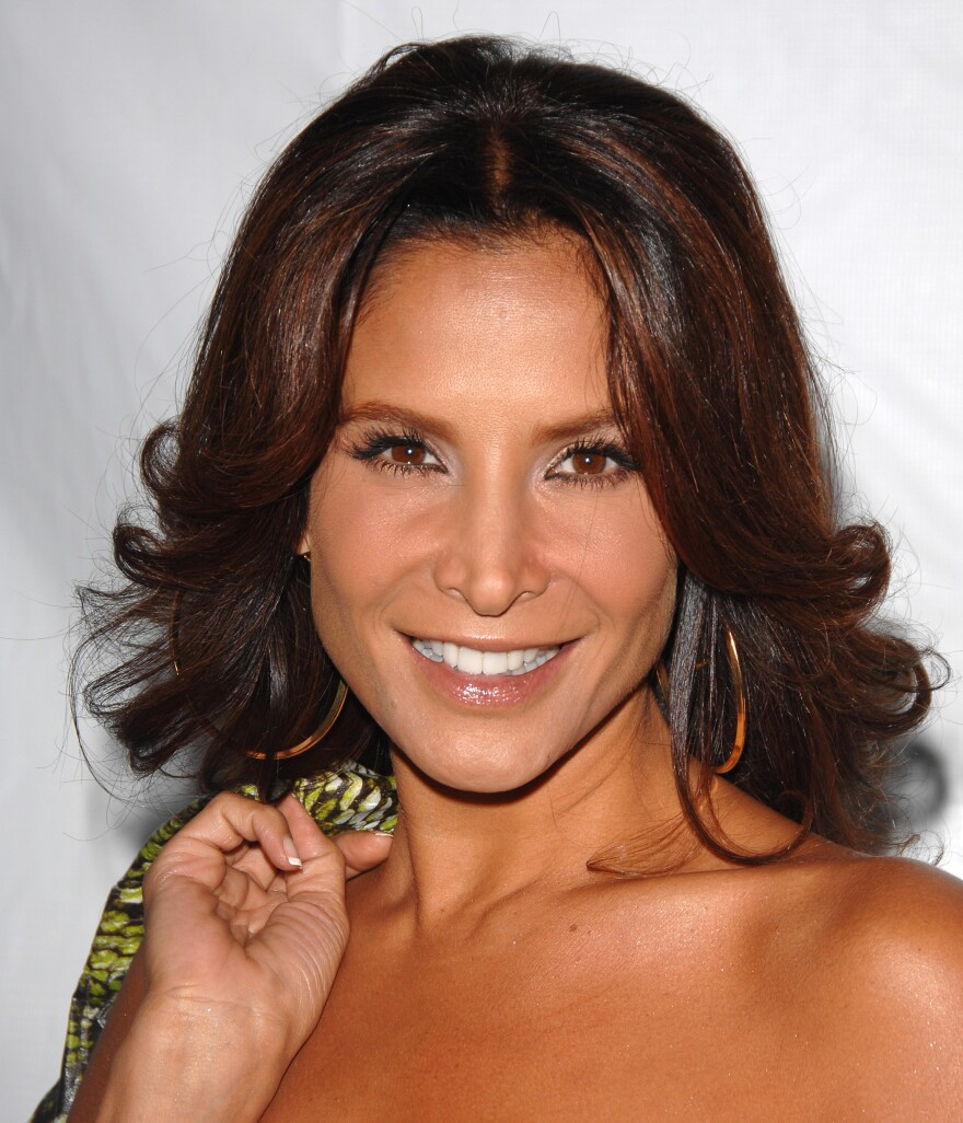 Actress Lorena Rojas died on Monday in Miami, after years of battling cancer.