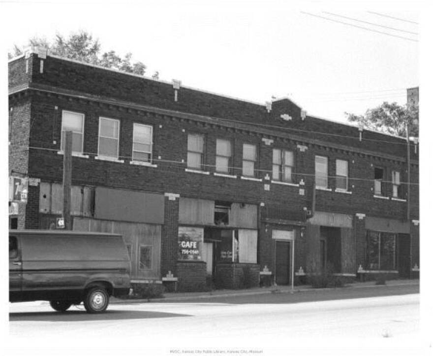 Laugh-O-Gram studio at 31st and Forest, 1989.
