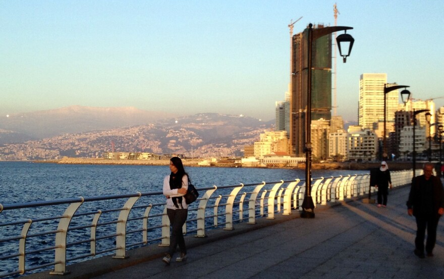 Beirut's_Corniche_looking_East.jpg