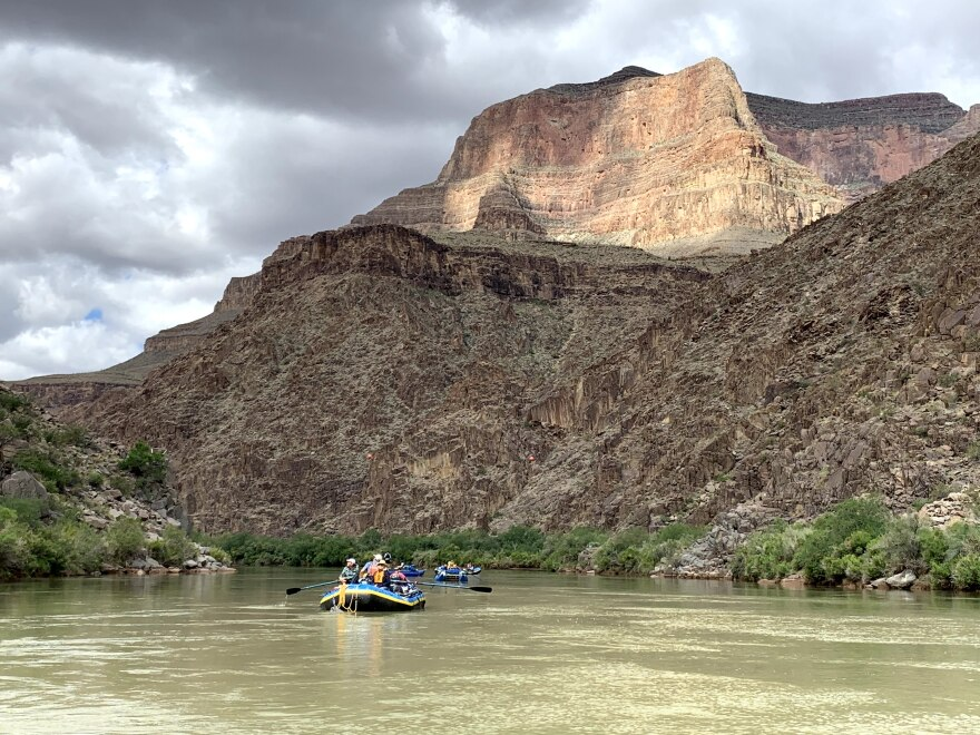 river_recreation_1560.jpg