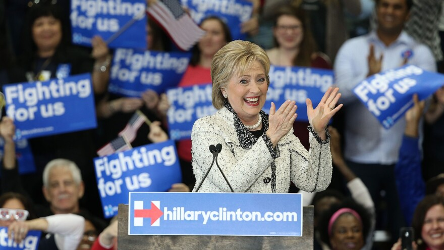 Democratic presidential candidate Hillary Clinton defeated rival Bernie Sanders in the South Carolina primary on Saturday.