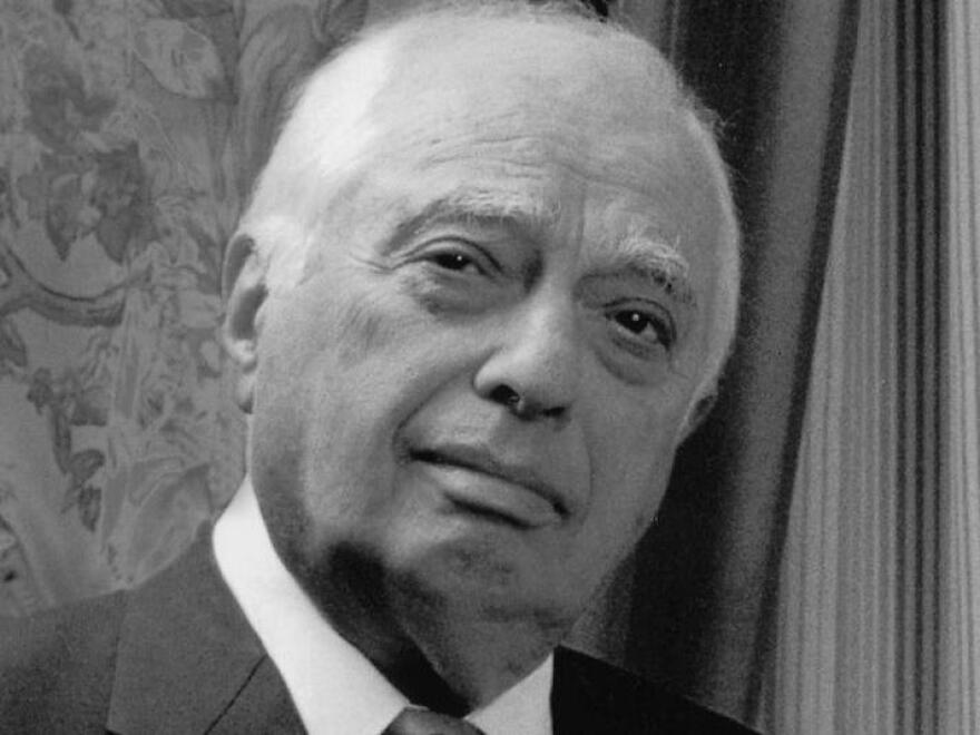 """Bernard Lewis is also the author of the best-selling <a href=""""http://www.npr.org/templates/story/story.php?storyId=1134983""""><em></em></a><a href=""""http://www.npr.org/templates/story/story.php?storyId=1134983"""">What Went Wrong?</a>"""