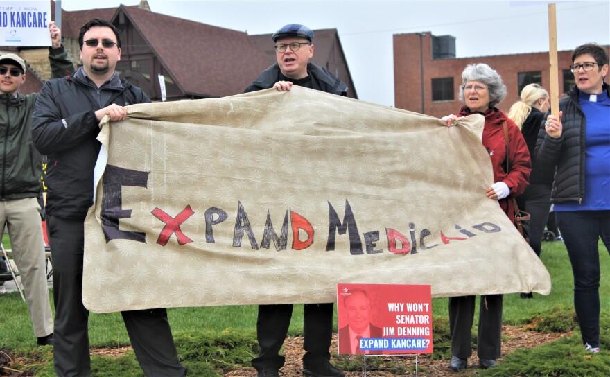 MedicaidExpansion_Protests_4-19_Denning.jpg
