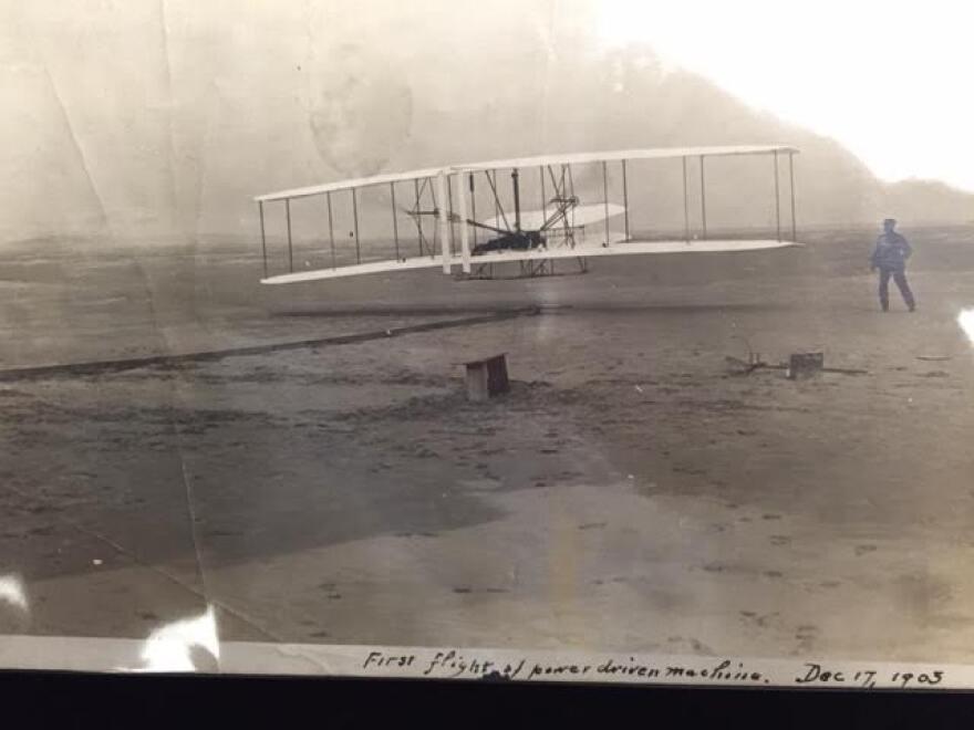 The 'First-Flight' photograph.