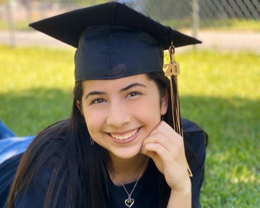 Edison High School senior Miranda Treviño sought help from her college bound advisors to support her transition to college.