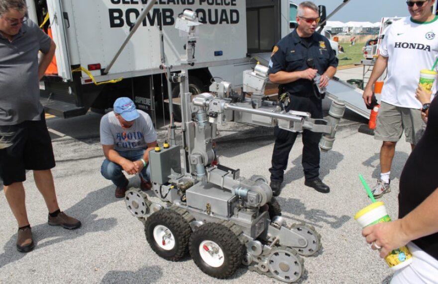 cleveland_robot_bomb_squad.jpg