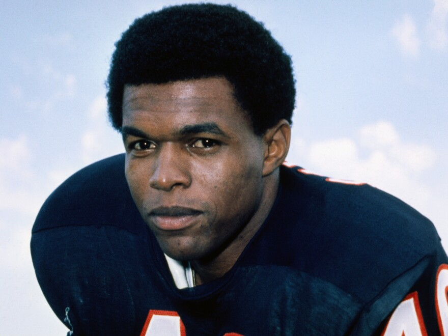 Gale Sayers, who held or shared 12 NFL records when he retired, has died at age 77. He famously dedicated an award to his friend and teammate, Brian Piccolo.