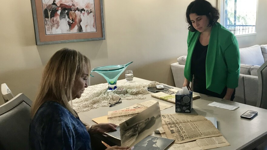 Aimee Rubensteen (right) meets with potential donor Chaia Cohen. Rubensteen is the first acquisitions coordinator based in South Florida for the U.S. Holocaust Memorial Museum.