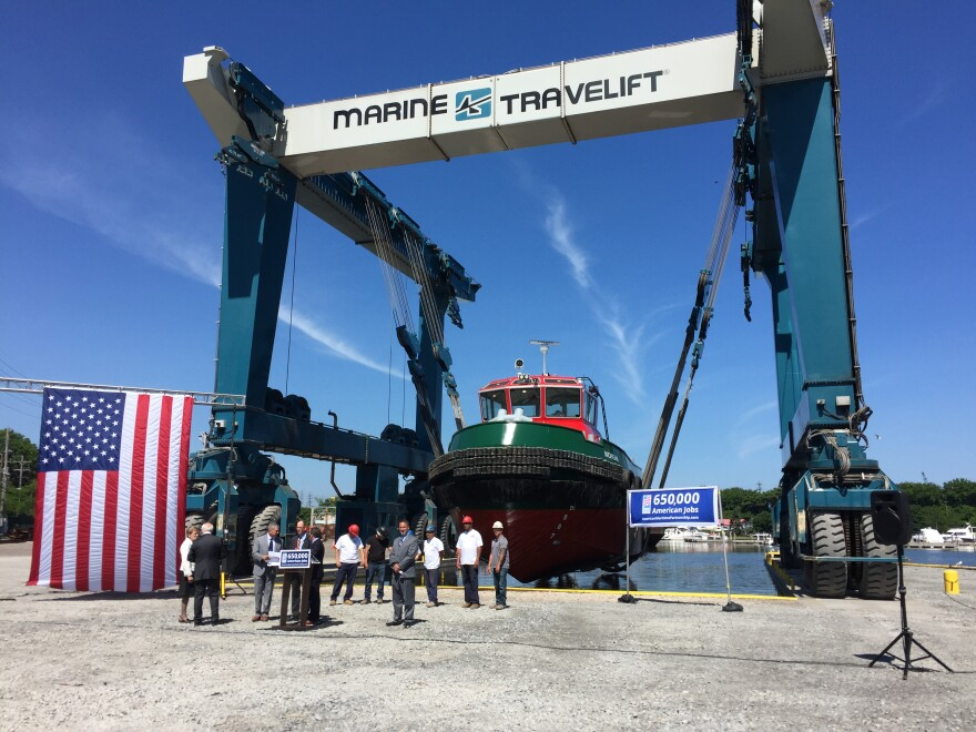 photo of Lake Erie tugboat