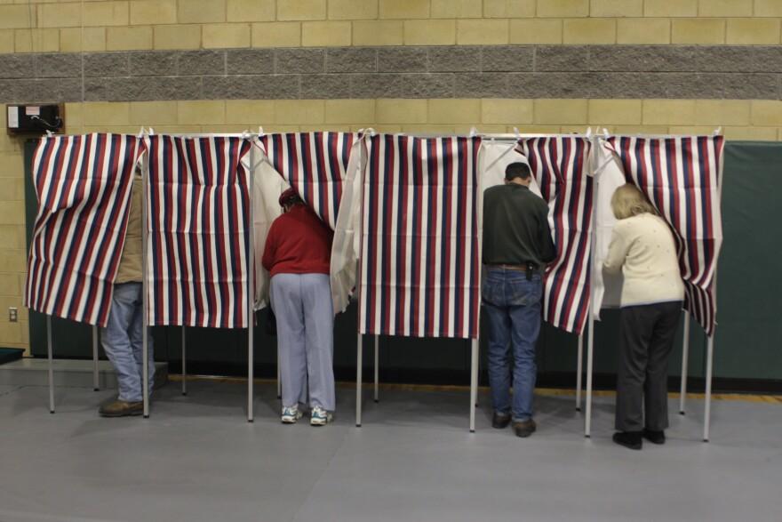 polling_place_redjar_flickr.jpg