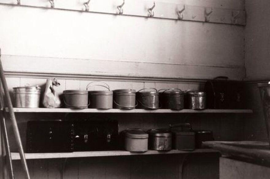 Lunch pails in a rural school, Wisconsin, 1939.