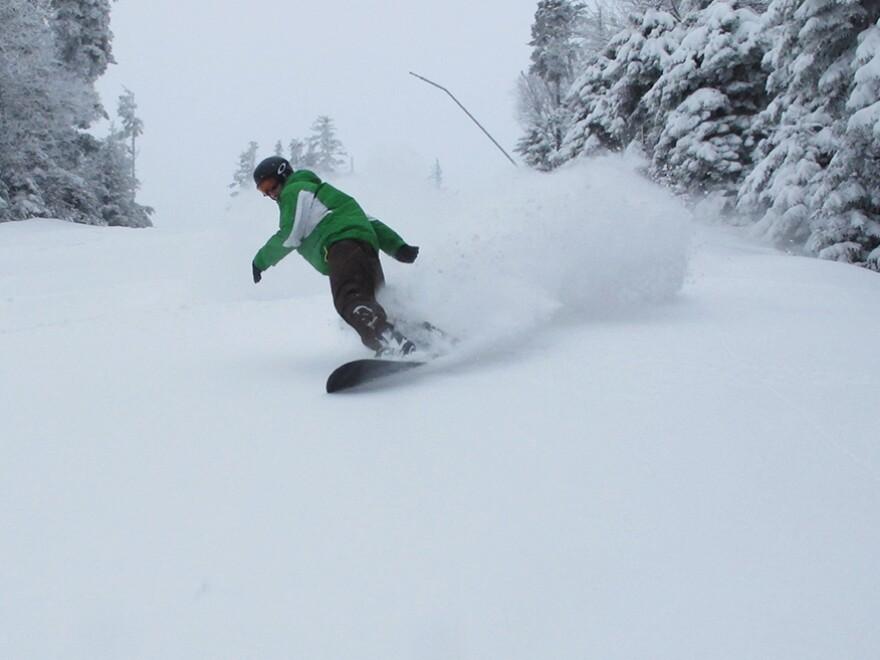 Snowshoe_12-18-13-powder-morning.jpg