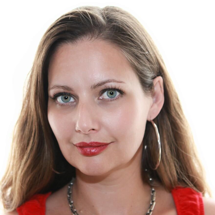 Carolina De Robertis is also the author of <em>The Invisible Mountain</em> and <em>Perla</em>.