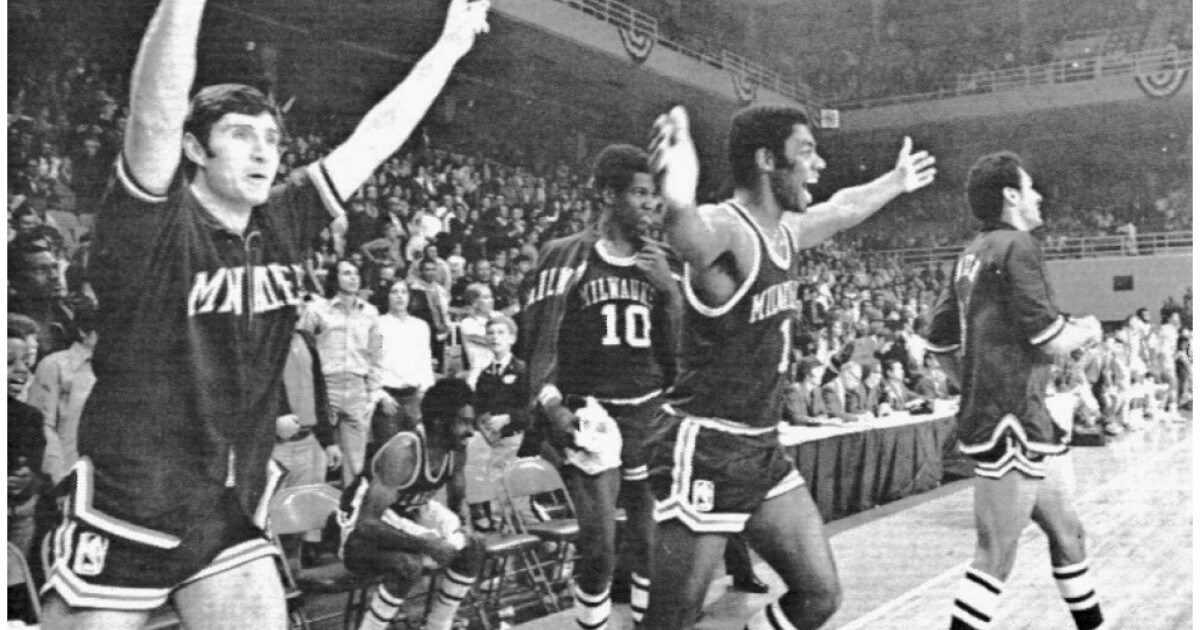 How Milwaukee Celebrated The 1971 Bucks Championship Without A Parade Wuwm 89 7 Fm Milwaukee S Npr
