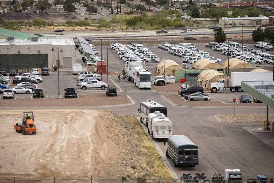 01_New_tent_city_El_Paso_IPA_TT.jpg
