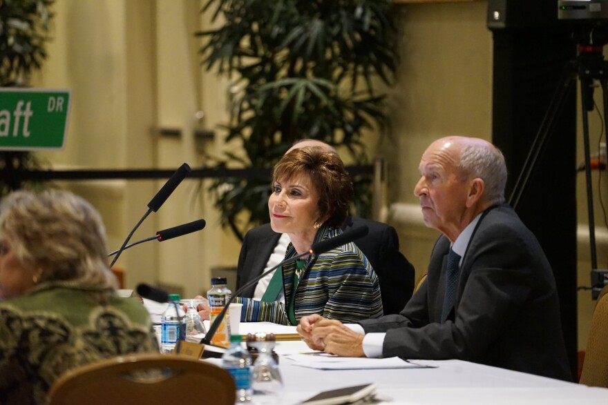 USF System President Judy Genshaft and Trustee Vice Chair Les Muma at a June 5 meetin.