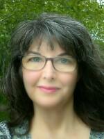 AIW Profile Lynne Hasselman .jpg