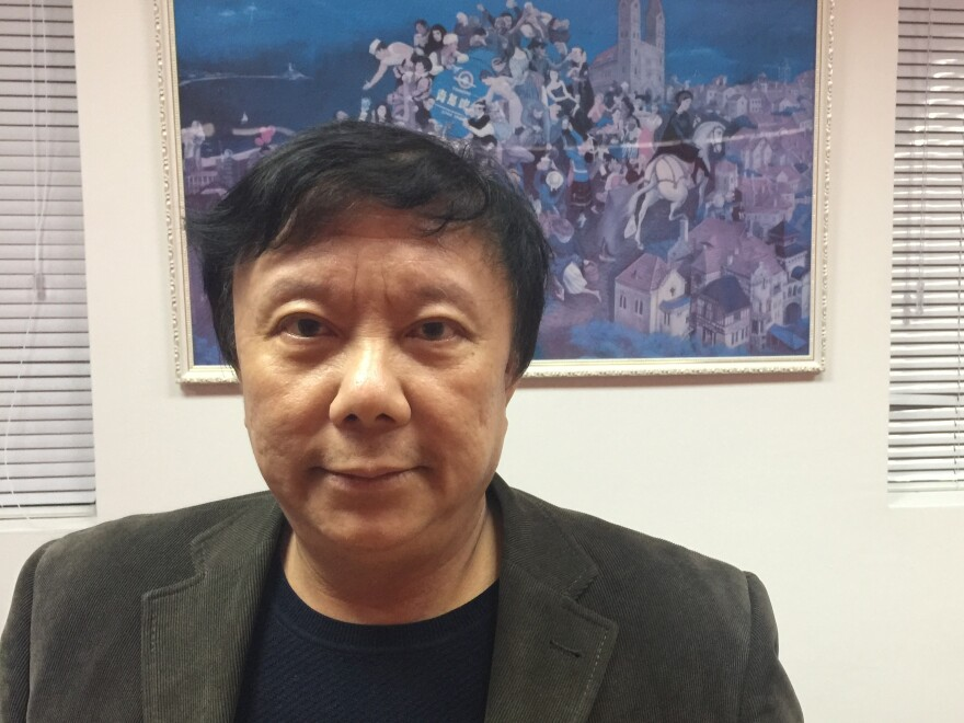 Zhu Dake is a professor at Tongji University in Shanghai. He says the Honest Shanghai app would be better if citizens could rate their own government.