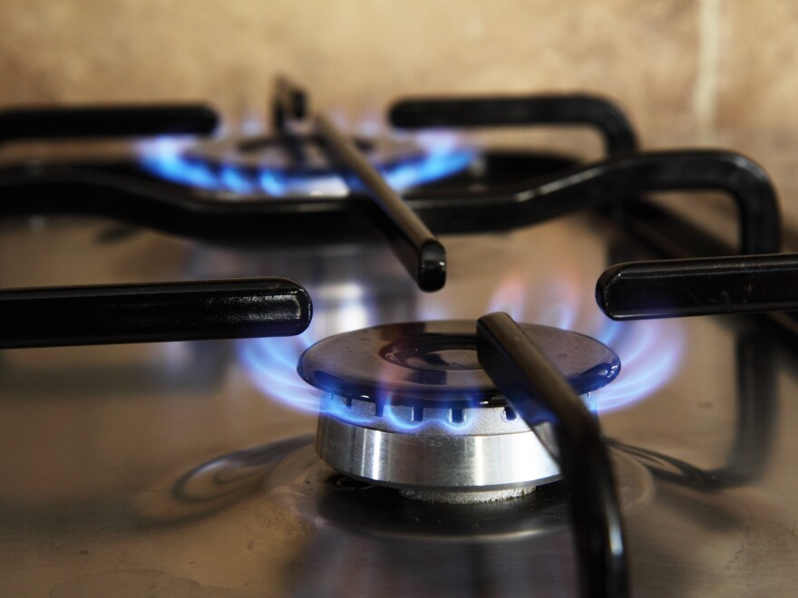 light-cooking-natural-kitchen-flame-fire-1263302-pxhere.com_.jpg