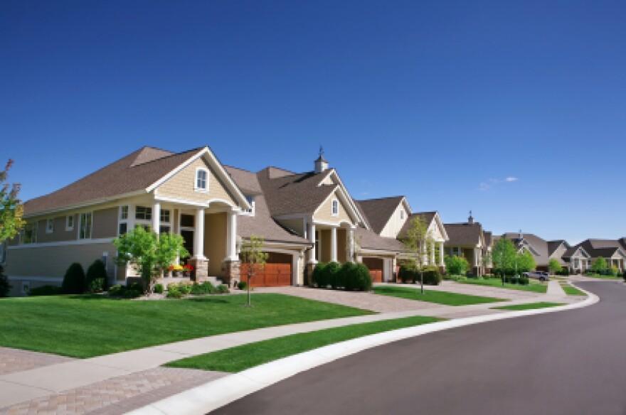 Row-of-suburban-houses1.jpg