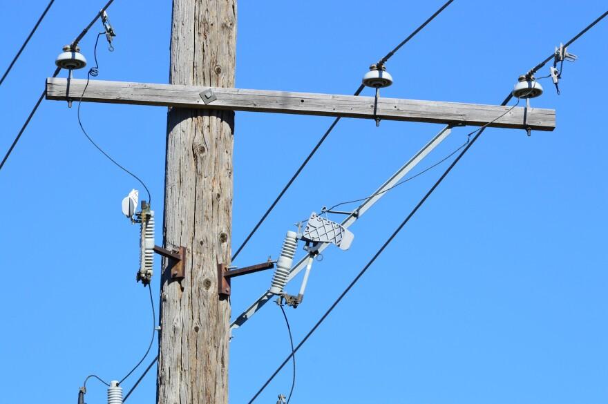 power-line-1005204_1920.jpg