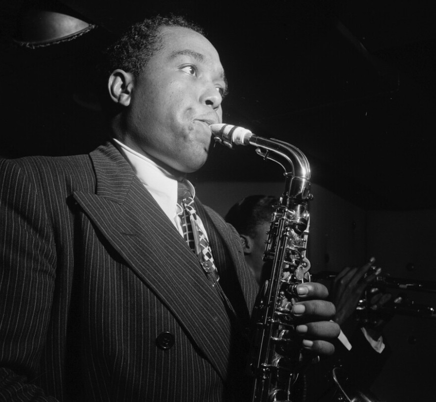 Portrait_of_Charlie_Parker_in_1947.jpg