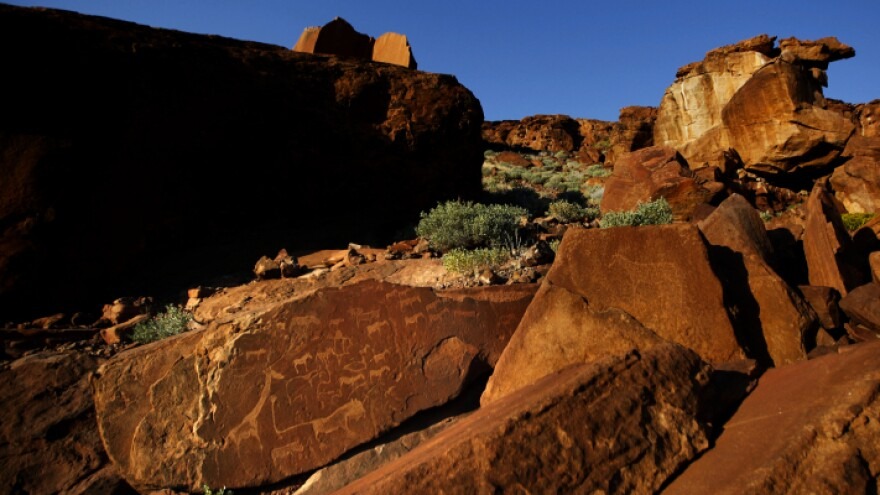 <p>The prehistoric rock drawings at Twyfelfontein, a UNESCO World Heritage Site, reflects the ancient relationship between indigenous peoples and wildlife.</p>