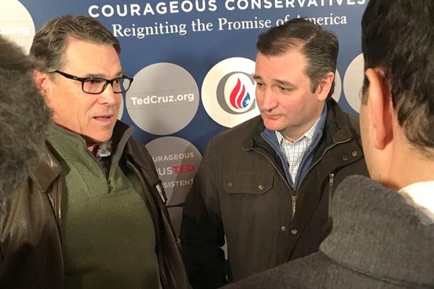 Perry_and_Cruz_in_IowaTTcrop_jpg_800x1000_q100.jpg