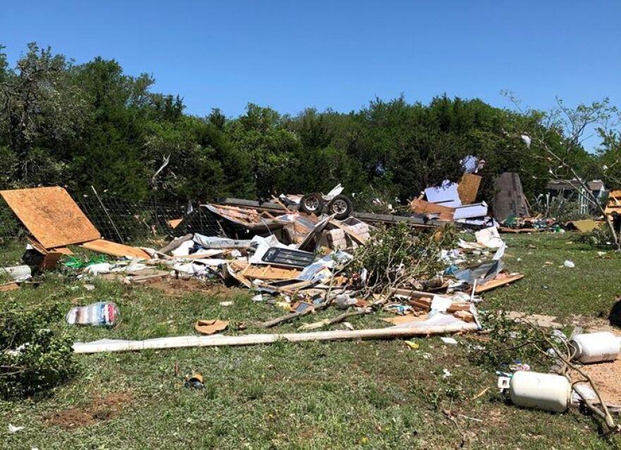tornado_3.jpg