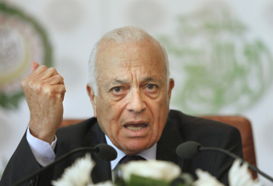 Arab League Secretary General Nabill el-Araby says negotiations to broker a political solution to Syria's bloody civil war will begin in November.