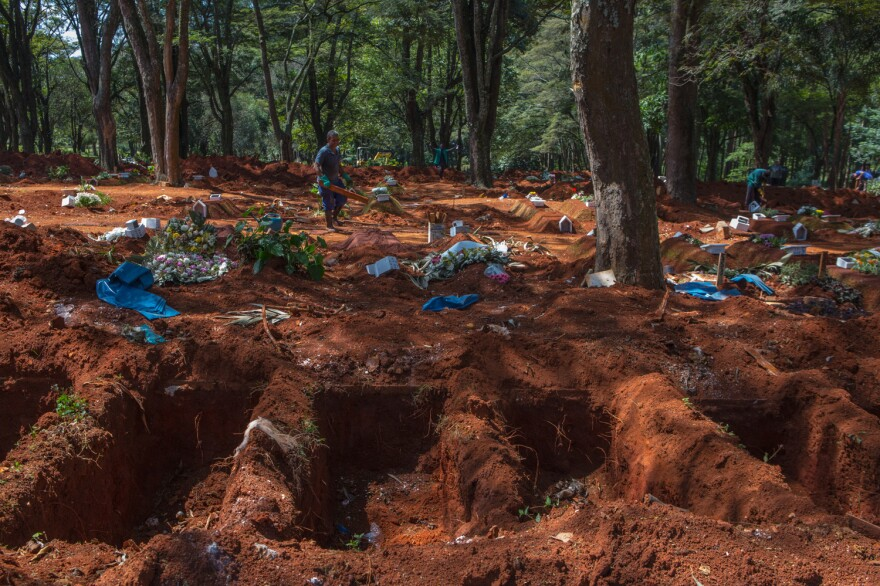 In the cemetery of Vila Formosa, the largest cemetery in Latin America, dozens of graves have been opened every day to receive the growing number of Brazilians killed by COVID-19.