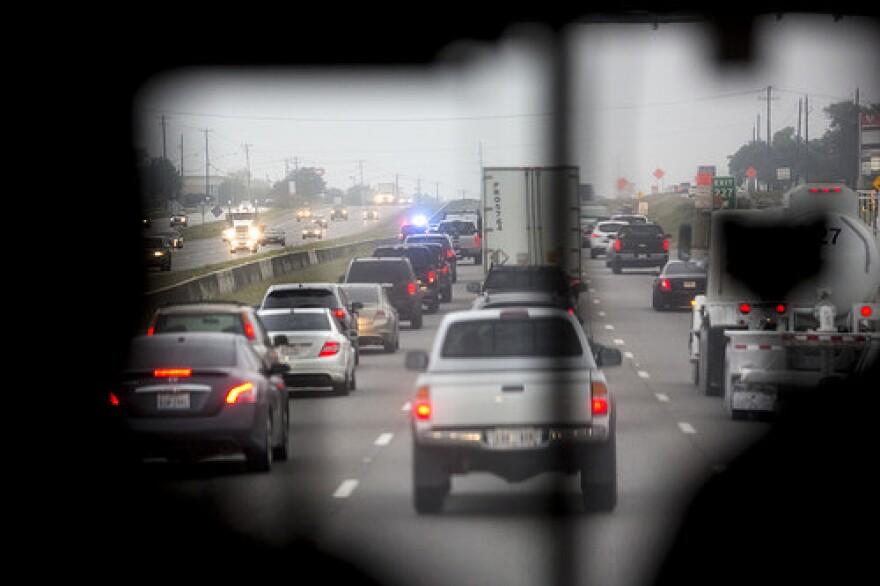 traffic_gridlock_i-35___flickr.com_from_kut.jpg