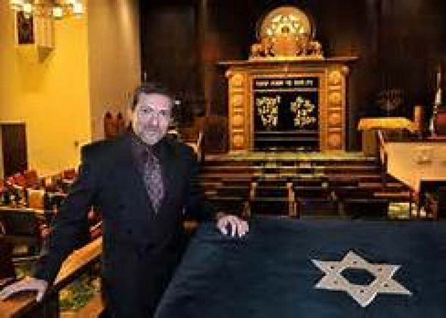 In_synagogue.jpg