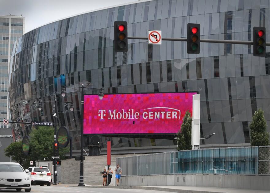 070920_moreno_t-mobile center.JPG