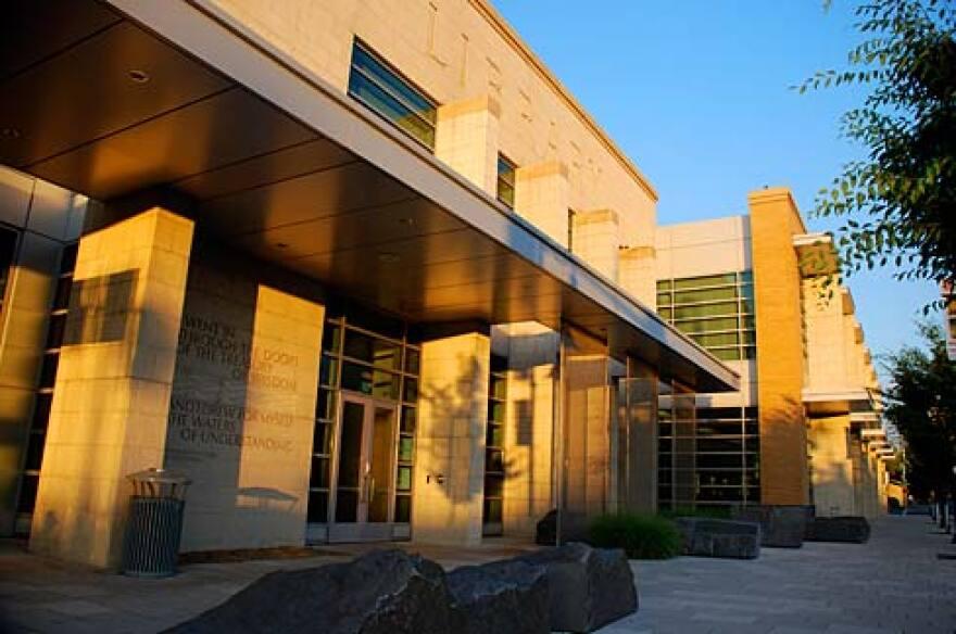Medford_Library.jpg