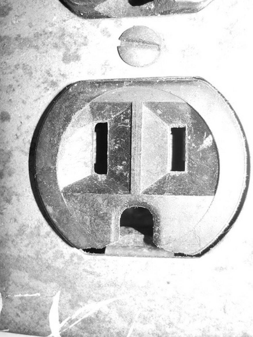 electricaloutletFlickr[F]oxymoron_0.jpg