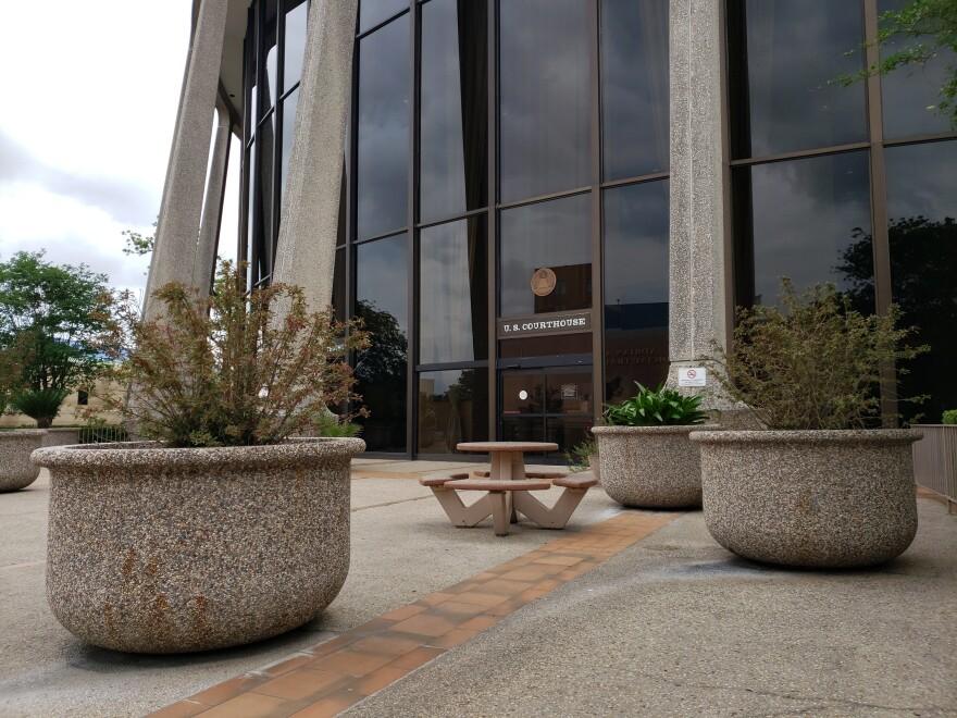 EntranceToFederalCourthouseInSanAntonio.jpg