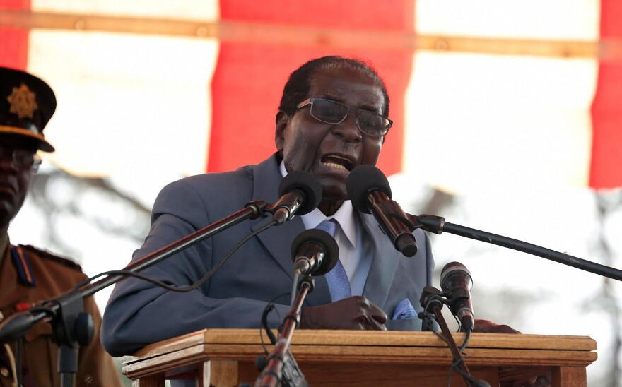 Zimbabwean President Robert Mugabe speaks at a rally in Harare on July 27, 2016.