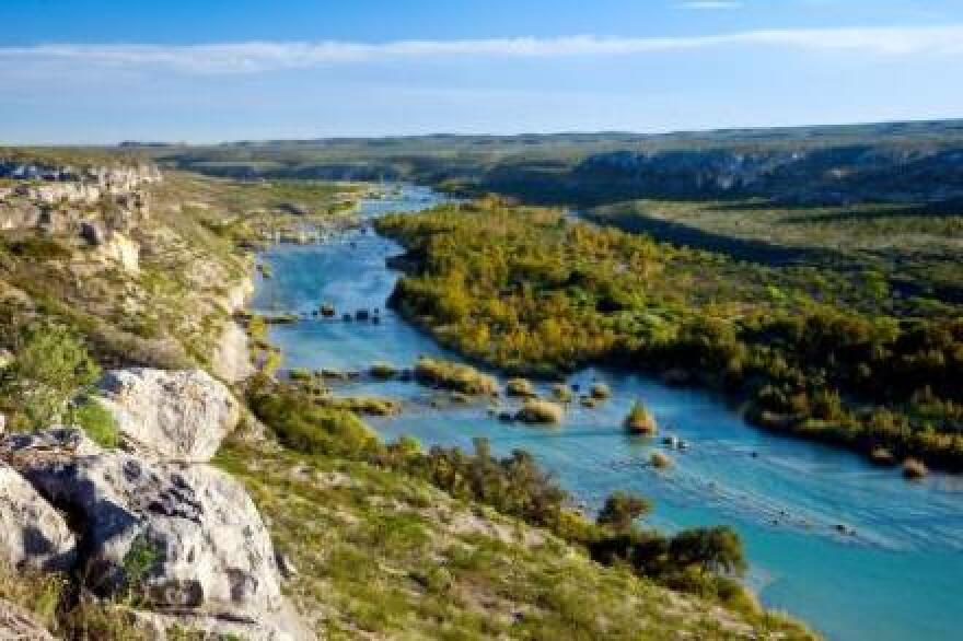 devils_river_ranch_wide_view_of_river_from_cliff_edge--~laurence_parent_0.jpg
