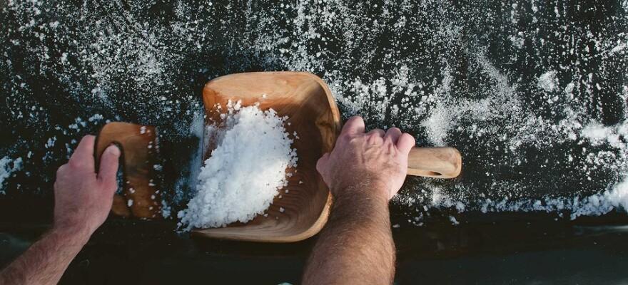 harvesting_salt.jpg