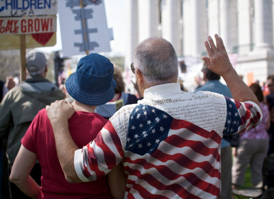 Tea Party rally Wisconsin-Flickr user Rob Chandanais-BlueRobot.jpg