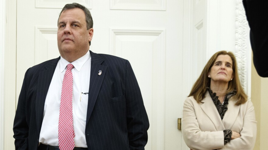 New Jersey Gov. Chris Christie and his wife, Mary Pat Christie, visited the White House this week, ahead of a court date related to lane closures on the George Washington Bridge.