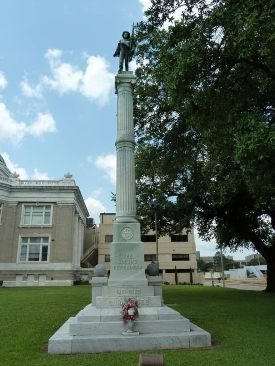 The controversial South's Defenders Memorial Monument has stood at the Calcasieu Parish Courthouse in Lake Charles, La., for more than 100 years. But Hurricane Laura toppled it.